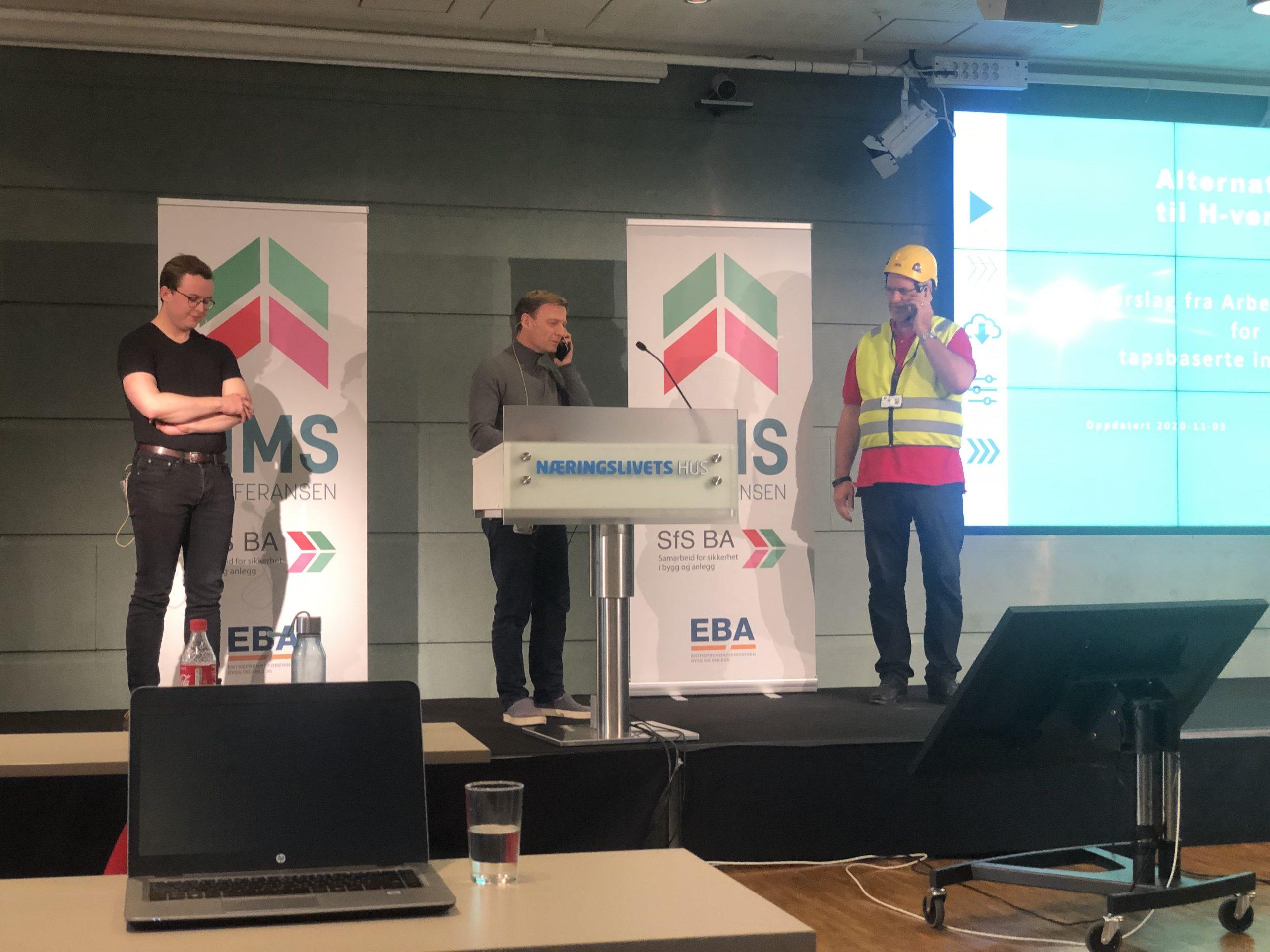 Terje Bakke (Statsbygg), Henrik Nyeng (Statsbygg) og Haakon Rud (Haakonsult) presenterer forslag til nye tapsbaserte indikatorer